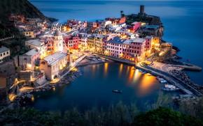 Картинка огни, вечер, Италия, Вернацца
