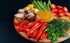Картинка зелень, укроп, мясо, доска, перец, овощи, соус, шашлыки