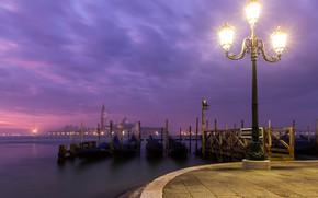 Картинка огни, Италия, Венеция, набережная, гондолы, фональ