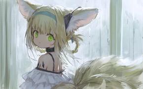 Картинка лисичка, малышка, зеленые глаза, большие уши, чёлка, тату на плече, вполоборота, fox girl, лисий хвост, …