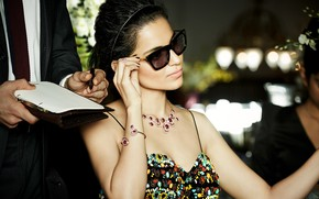 Картинка girl, hot, smile, beautiful, model, pretty, beauty, brunette, pose, cute, indian, actress, celebrity, sunglasses, bollywood, …