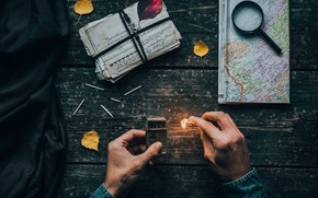 Картинка wallpaper, flame, mood, map, situations, hands, letters, cards, matches, 4k uhd background