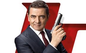 Обои взгляд, поза, оружие, Rowan Atkinson, Роуэн Аткинсон, Johnny English Strikes Again, Агент Джонни Инглиш 3.0, ...