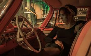 Картинка авто, взгляд, девушка, поза, салон, Armen Ayriyan