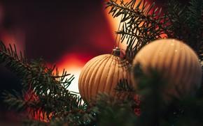 Картинка шарики, праздник, шары, Рождество, Новый год, хвоя, боке, новогодние украшения, новогодние декорации