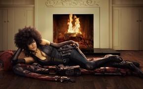 Обои девушка, огонь, камин, Дедпул, Deadpool 2