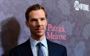 Картинка взгляд, фон, мужчина, актёр, Бенедикт Камбербэтч, Benedict Cumberbatch, британский актер, строгий костюм, премьера сериала