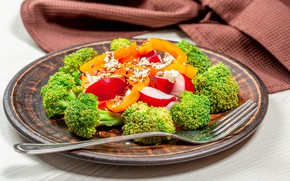 Картинка тарелка, вилка, салат