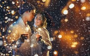 Картинка зима, девушка, снег, новый год, пара, боке, бенгальские огни, парнь