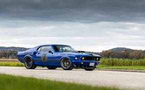 Картинка Ford, Дорога, Трава, Колеса, Тучи, 1969, Ford Mustang, Диски, Muscle car, Mach 1, Classic car, …