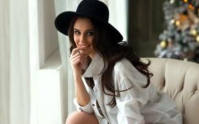 Картинка взгляд, девушка, поза, улыбка, шляпа, брюнетка, Виталий Сорокин, Анастасия Леонова