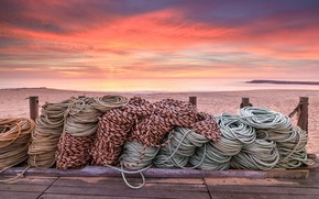 Картинка море, закат, берег, канаты