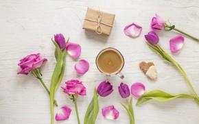 Картинка любовь, цветы, подарок, сердце, розы, лепестки, тюльпаны, love, розовые, heart, pink, romantic, tulips, coffee cup, …