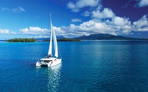 Картинка острова, океан, яхта, паруса, Tahiti, катамаран, Французская Полинезия
