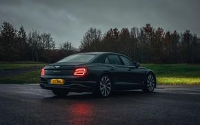 Картинка пасмурно, Bentley, Flying Spur, 2020, V8, влажность, 2021, Flying Spur V8