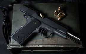Картинка пистолет, оружие, чёрный, патроны, крупным планом