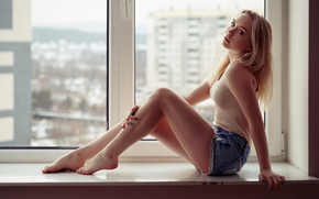 Картинка девушка, секси, окно, шортики, Татьяна, Tanya, красивые ножки, Evgeniy Bulatov, Евгений Булатов