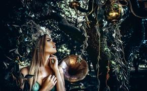 Картинка взгляд, девушка, ветки, дерево, макияж, граммофон, Axe, Руслан Болгов