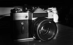 Картинка зенит, фотопленка, фотокамера, фотоаппараты, чернобелое, гелиос 44м, ЗЕНИТ Е, фотограф Александр Мясников, старый фотоаппарат