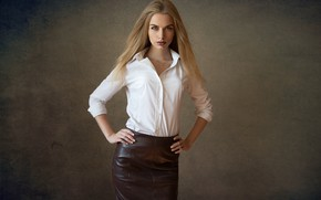 Картинка взгляд, юбка, Девушка, блондинка, Дмитрий Шульгин, Карина Тихоновская