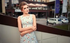 Картинка взгляд, поза, модель, портрет, макияж, платье, прическа, красотка, стоит, боке, русая, Anya, Dmitry Sn, Dmitry …
