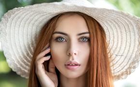 Обои взгляд, крупный план, лицо, модель, портрет, шляпа, макияж, прическа, белая, красотка, рыжеволосая, боке, Maksim Romanov