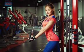 Картинка взгляд, девушка, поза, спорт, фитнес, тренажёры, спорзал, Николас Верано, Nikolas Verano