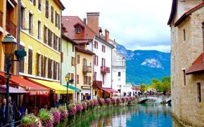 Картинка цветы, горы, река, Франция, дома, Альпы, Анси