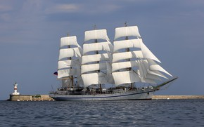 Картинка море, маяк, парусник, фрегат, Херсонес, учебное судно, Трёхмачтовый фрегат Херсонес
