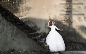 Обои девушка, жизнь, стена, лестница, ступени, невеста
