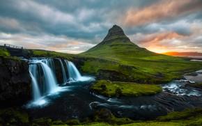 Картинка зелень, лето, небо, облака, пейзаж, закат, горы, река, холмы, берег, течение, гора, водопад, поток, вечер, …