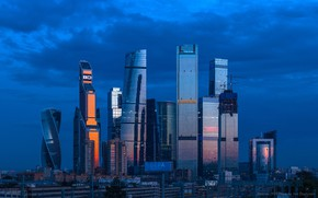 Картинка небо, синева, здания, дома, вечер, Москва, Россия, Russia, небоскрёбы, Moscow, Skyscrapers Big City