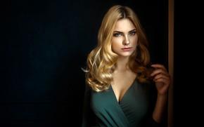Картинка взгляд, поза, фон, модель, портрет, макияж, платье, прическа, блондинка, красотка, Carla Sonre, Damian Piórko