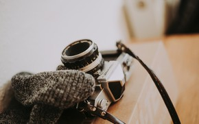 Картинка коробка, фотоаппарат, ремень, Anete Lusina, nikkormat