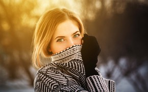 Картинка взгляд, природа, поза, модель, портрет, макияж, прическа, красотка, кофта, боке, рукавички, Aleksei Gilev, Алексей Гилёв, …
