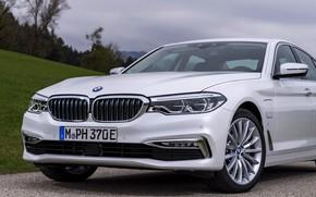 Картинка белый, BMW, седан, гибрид, передняя часть, 5er, четырёхдверный, 2017, 5-series, G30, 530e iPerformance