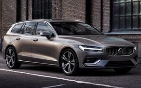 Картинка car, машина, асфальт, город, стена, фары, Volvo, диски, сбоку, универсал, V60, серый автомобиль, Volvo V60, …