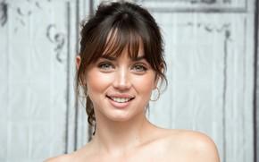 Картинка взгляд, улыбка, актриса, Ana de Armas, Ана де Армас