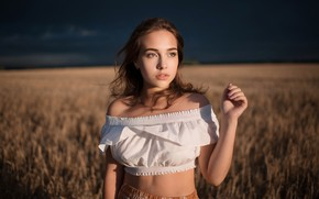 Картинка поле, девушка, поза, рука, Алина Сабирова, Дарий Валленштайн