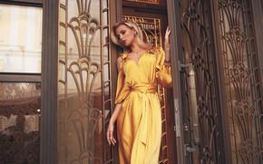 Обои девушка, поза, стиль, модель, платье, Roma Roma, Оксана Стрельцова