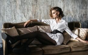 Картинка девушка, блузка, ножки, губки, Milena, Игорь Кондуков
