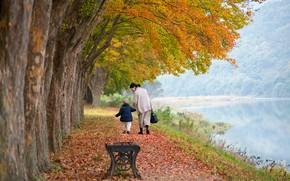 Картинка осень, деревья, пейзаж, природа, пруд, парк, аллея, мама, ребёнок