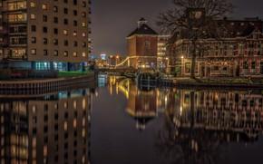 Картинка вода, ночь, мост, огни, отражение, река, дерево, дома, фонари, канал, Нидерланды, Groningen