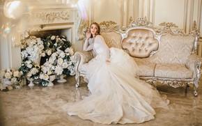 Картинка взгляд, цветы, поза, фото, диван, модель, платье, Васильев Владимир