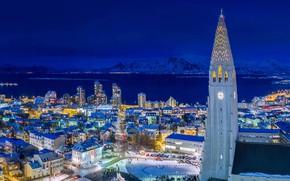 Картинка ночь, огни, башня, дома, Исландия, Рейкьявик, Хатльгримскиркья