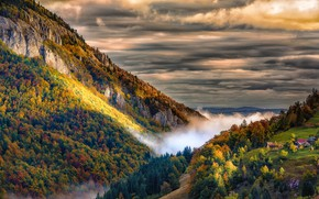Картинка осень, небо, пейзаж, горы, тучи, природа, туман, дома, долина, деревня, леса