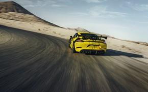 Картинка купе, скорость, Porsche, поворот, Cayman, 718, 2019, чёрно-жёлтый, GT4 Clubsport