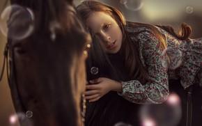 Картинка взгляд, морда, конь, лошадь, рука, мыльные пузыри, девочка, Анюта Онтикова