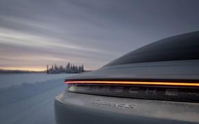 Картинка снег, серый, полоса, Porsche, корма, 2020, Taycan, Taycan 4S