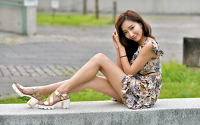 Картинка взгляд, улыбка, платье, ножки, азиатка